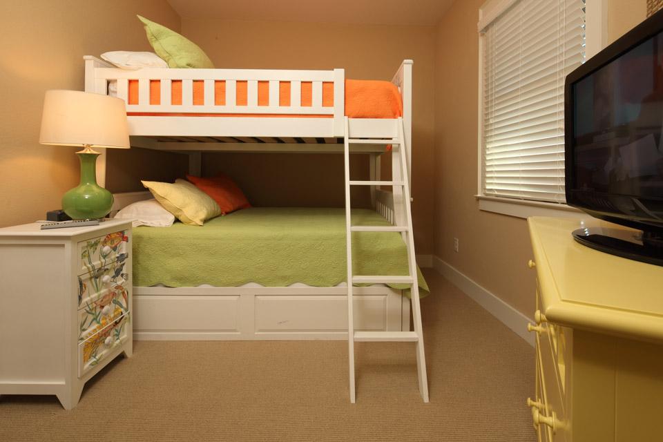 Daniels 39 Homeport Coastal Furnishings Bedroom Furniture